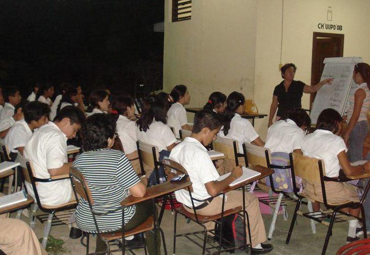 La academia Itzamná inició en 1985. (Cortesía)