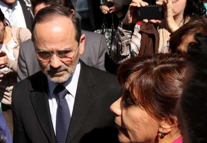 Madero, que aparece acompañado por 'Cocoa' Calderón, se dijo convencido de la necesidad del PAN de fortalecerse. (Notimex)