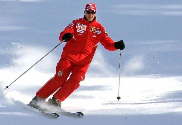 Se teme que las lesiones sufridas en el accidente de esquí afecten seriamente las facultades de Michael Schumacher. (Agencias)