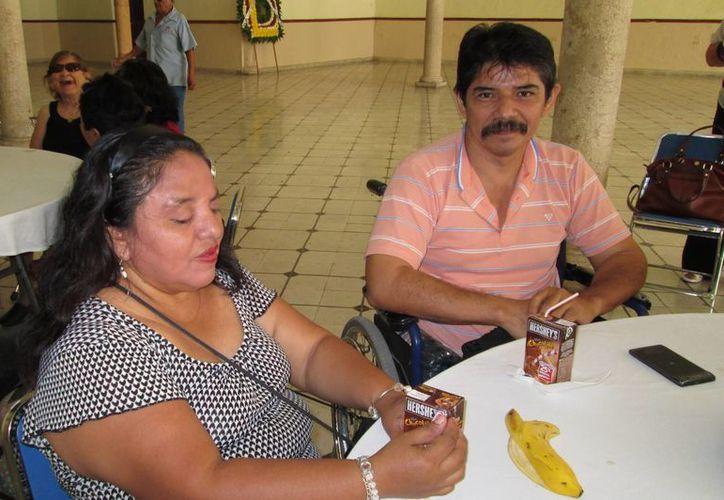 Personas con discapacidad demandan atención de las autoridades. (Martha Chan/SIPSE)