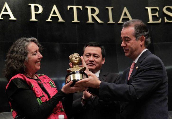 Marcela Lagarde aseguró que pese a los avances en México en derechos de la mujer, aun persisten casos de impunidad. (Senado de la República)