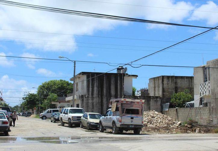 Lo grave es que quienes autorizaron esta construcción están por abandonar los cargos. (Sara Cauich/SIPSE)