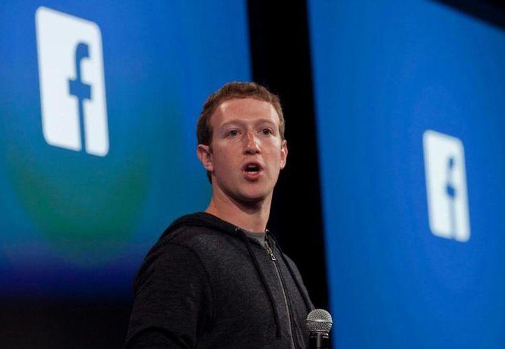El creador de Facebook,  está convencido de que éste será un año de mejoras. (Contexto)