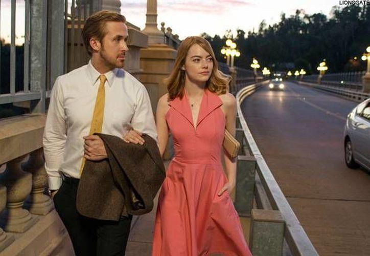 La película 'La La Land' es considerada favorita para llevarse la mayoría de los galardones que se entregarán este domingo.(Archivo/AP)