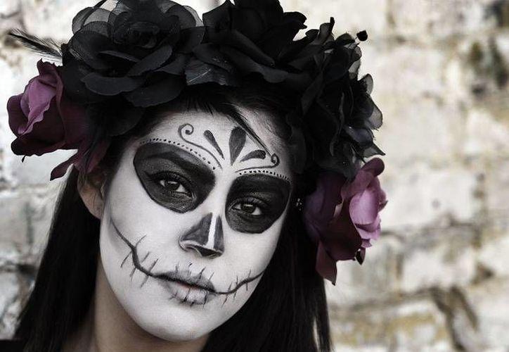 El concurso de altares de muerto basó su temática en la celebración peninsular. (Contexto/Internet)
