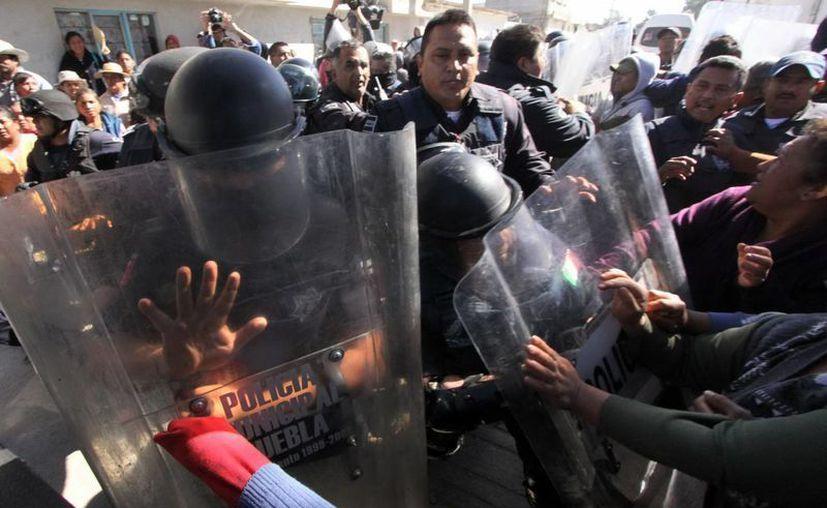 En el primer mes del gobierno de Peña Nieto se detuvieron a 854 personas vinculadas con la delincuencia organizada. (Archivo/Notimex)