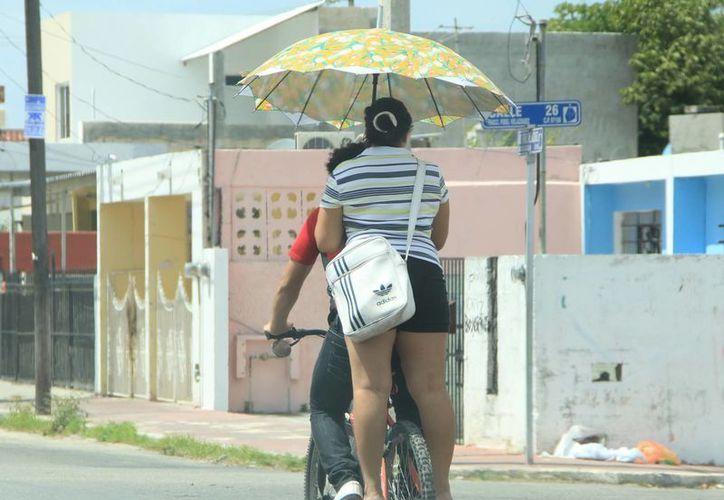 El calor se mantendrá en Mérida al mediodía. (José Acosta/SIPSE)