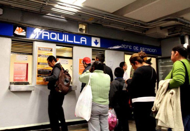 El boleto del Metro subirá a cinco pesos a partir del viernes 13. (Archivo/Notimex)