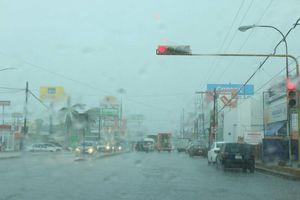 No llueve, se 'cae el cielo' en Mérida