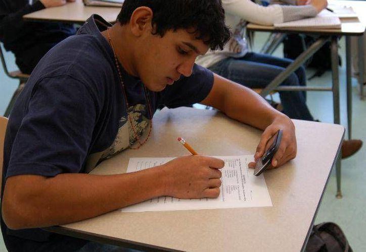 La app School Control ayuda a estudiantes y maestros a hacer mejor sus labores. (Foto cortesía de dineroenimagen.com)