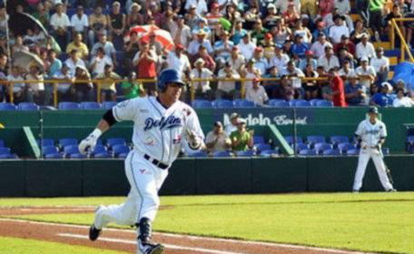 Los Delfines de Ciudad del Carmen marcan el paso en la Zona Sur de la Liga Mexicana. (SIPSE)