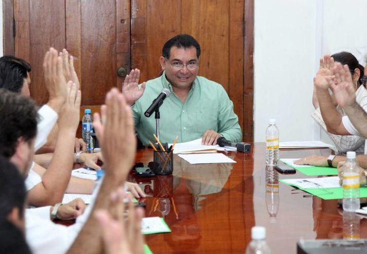 En la reunión se precisó que la conjunción de esfuerzos entre Estado y sociedad mantendrá a Yucatán como uno de los sitios más seguros del país. (Cortesía)