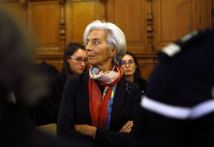 La Corte de Justicia de la República (CJR) de Francia encontró culpable a la directora gerente del FMI, Christine Lagarde, en un caso abierto por un arbitraje realizado cuando era ministra francesa de Economía (2007-2011). (AP/Francois Mori)