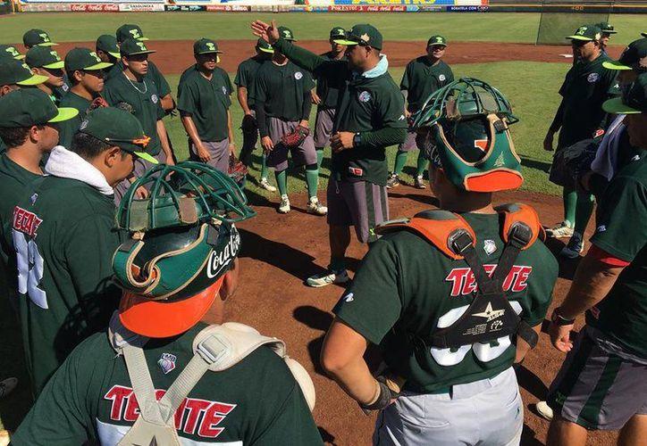 La Sucursal de Leones continúa con la preparación de cara al inicio de la Liga Peninsular de Beisbol.(Milenio Novedades)