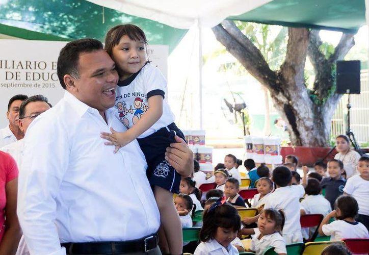 El gobernador Rolando Zapata presidirá este viernes la Inauguración del festival anual de las artes, 'Otoño Cultural 2015'. (SIPSE)