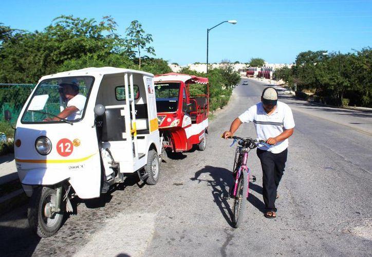 Los mototaxis no tienen permiso de operar en Playa del Carmen. (Foto: Octavio Martínez)