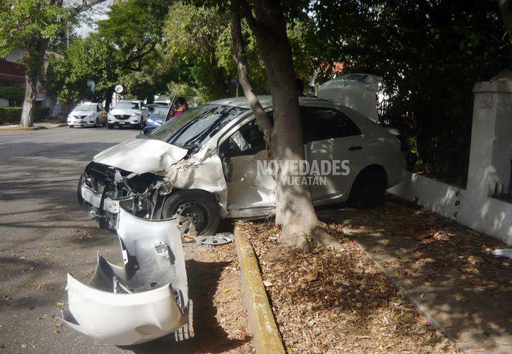 El choque fue en la calle 14 de la colonia García Ginerés con Avenida Colón.