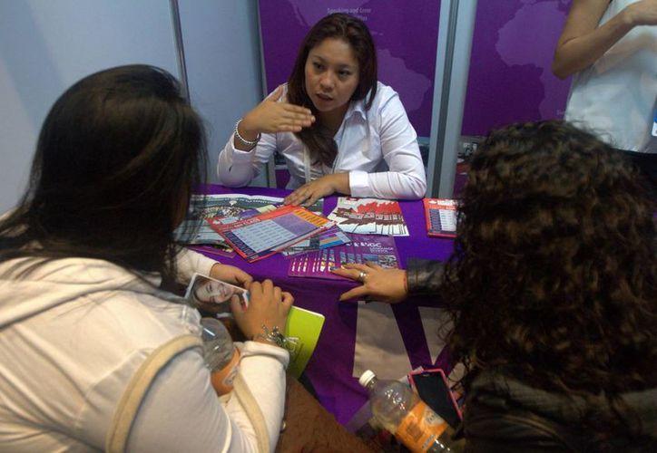 Por no saber inglés y por falta de dinero, jóvenes yucatecos no pueden aprovechar estudios en el extranjeros. (Notimex)