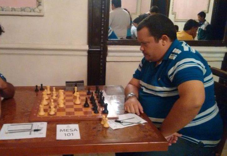 El GM José González García se coronó en el  Torneo Abierto de Ajedrez 'Don Modesto Castellón Castellanos'. El segundo lugar fue para el MI cubano Diasmany Otero. (SIPSE)