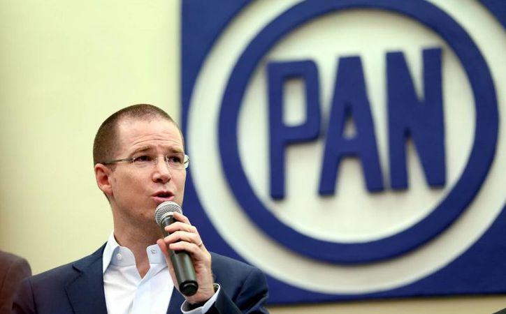 En el caso del ex gobernador de Sonora, Guillermo Padrés, Anaya lo exhortó a enfrentar el proceso que hay en su contra. (Archivo/Notimex)