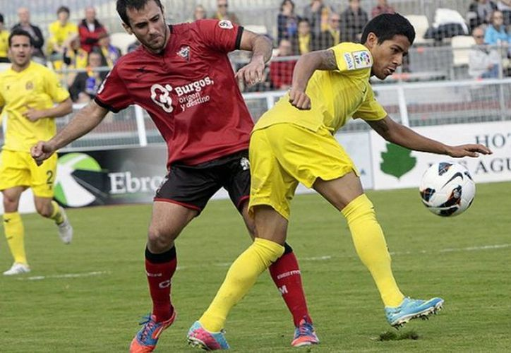 Aquino Carmona disputó los 90 minutos con el Submarino Amarillo y fue fundamental en la goleada al Club Deportivo Mirandés. (villarrealcf.es)
