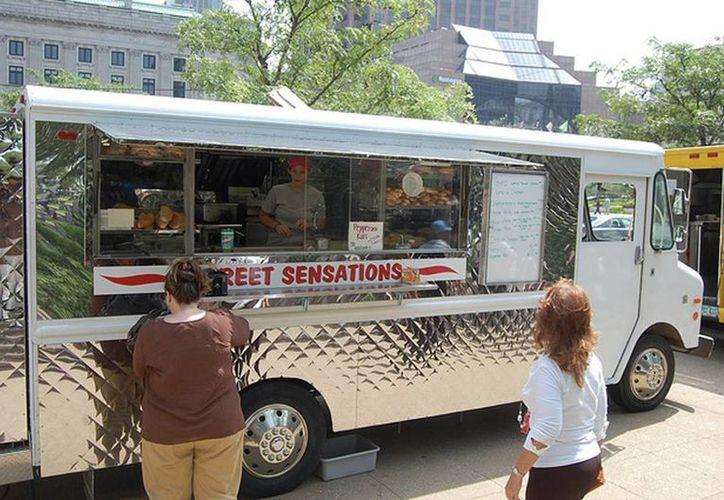 El concepto de Food Trucks que se verá en la Noche Blanca proviene de Estados Unidos. (foodtrucksmexico.net)