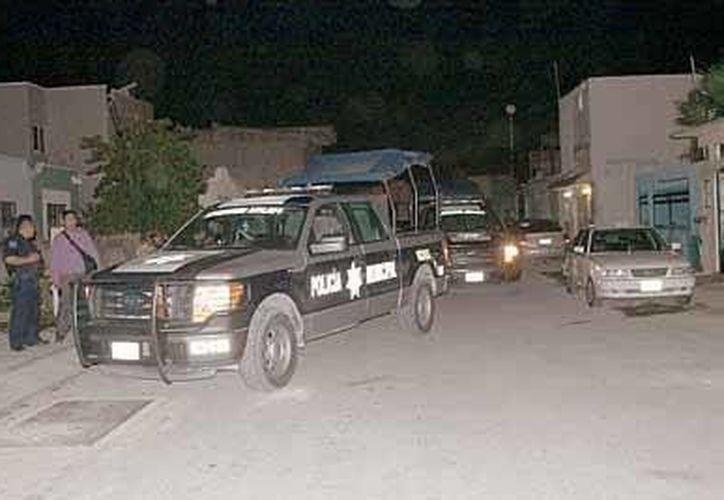La policía acudió al lugar, pero la acusada se negó a salir y fue protegida por sus familiares. (Redacción/SIPSE)