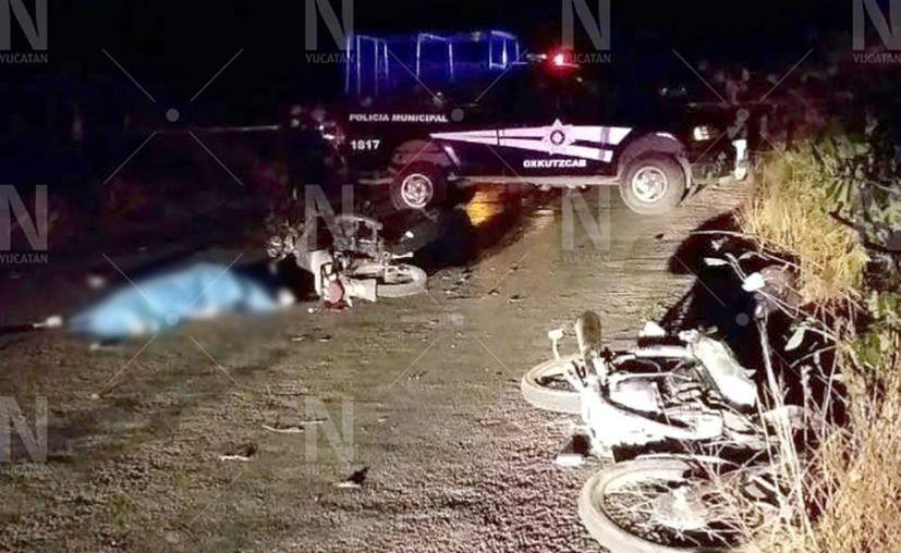Al parecer los motociclistas se impactaron de frente en el tramo carretero Oxkutzcab-Loltún. (Novedades Yucatán)