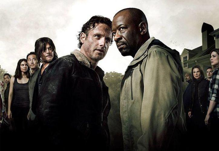 Póster oficial de la 6a Temporada de The Walking Dead. Con esta primera imagen oficial, la cadena AMC le pone 'sabor' a la próxima entrega de la serie. (amc.com)