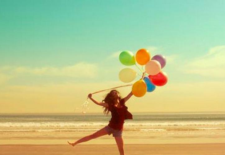 El estudio indica que la felicidad sigue una curva en forma de 'U'. (Centro Areté).