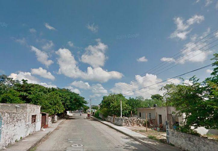 En una casa de la calle 10 de Umán, Yucatán,  se vive una tragedia: un padre asesinó a su hijo de apenas año y seis meses de edad. El responsables ya fue detenido y consignado por el homicidio. (Google Maps)