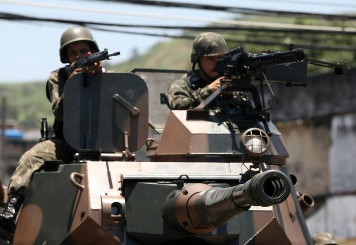 Según prevén las autoridades de Defensa, los soldados desplazados a las fronteras regresarán a sus cuarteles después de la visita del papa Francisco, quien estará en Brasil entre los días 22 y 28 de julio próximo (EFE/Archivo)