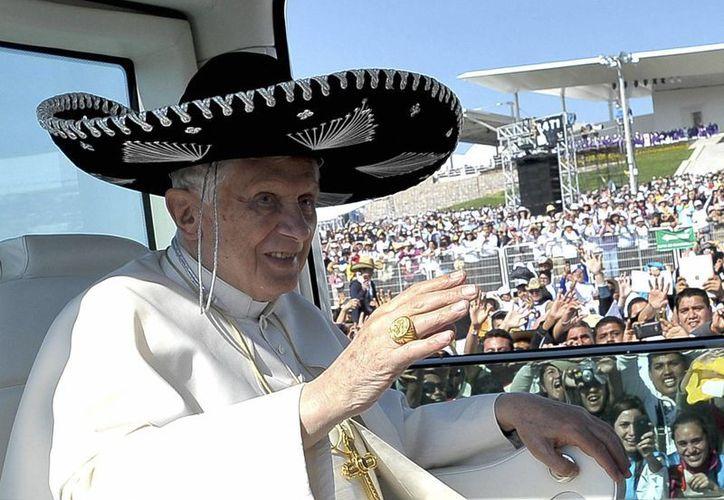 El Papa Benedicto XVI durante su visita a Silao, Guanajuato, el 25 de Marzo de 2011. (Archivo/AP)