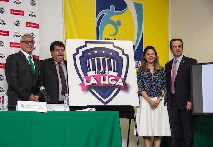 La FMF presentó del proyecto de Liga de Futbol Femenil en México, la cual contará en un comienzo con las categorías sub 13 y sub 16. (adndeportivo.com)