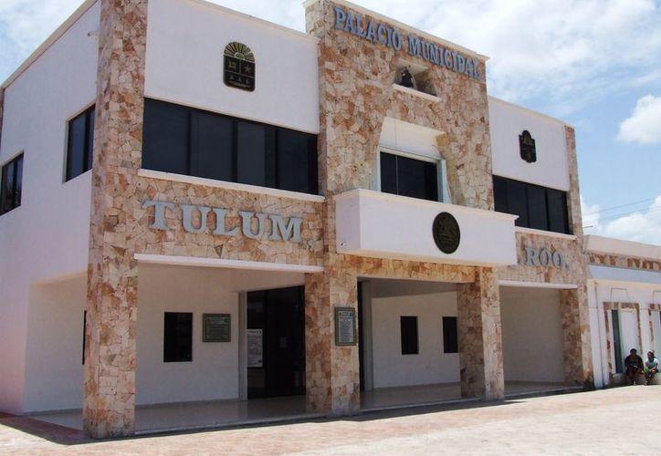 El tesorero del Ayuntamiento es el representante del Consejo de Armonización Contable de Quintana Roo en la zona norte. (Rossy López/SIPSE)