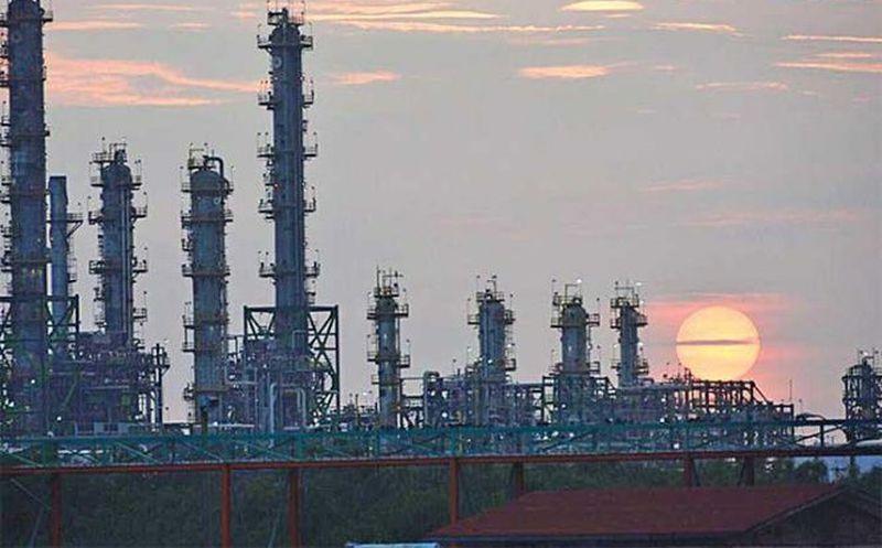 Producción petrolera de Pemex sube 2.9% en enero