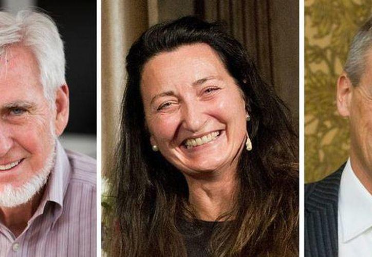 De izquierda a derecha, John O'Keefe, May-Britt Moser, Edvard Moser, ganadores el Nobel de Medicina 2014. (AP)