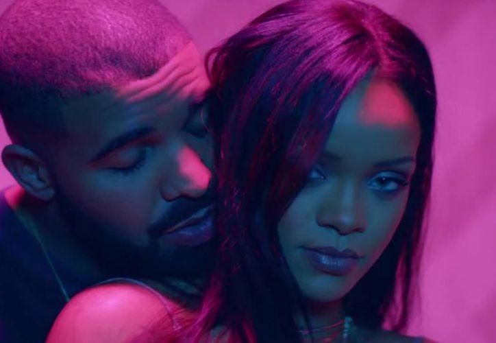 El nuevo álbum del cantante canadiense Drake incluye una colaboración con Rihanna y otra con el esposo de Kim Kardashian, Kanye West. (posta.com)