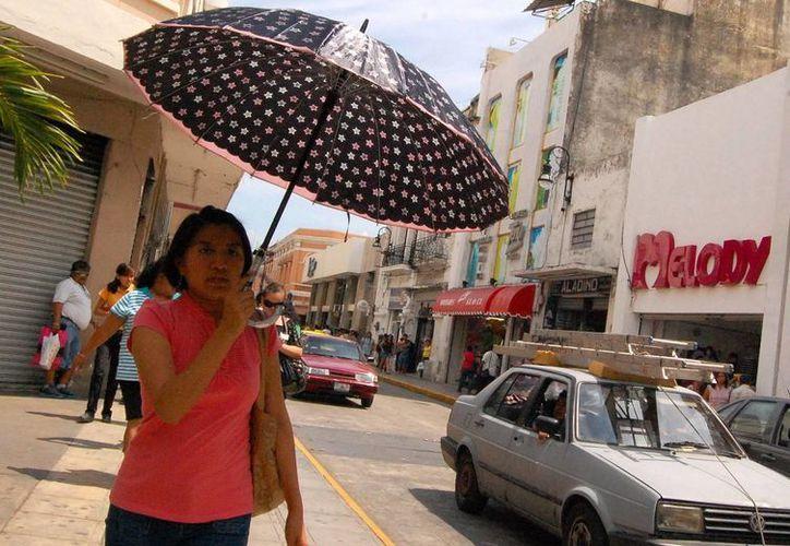 Mientras que en el interior del Estado se registraron lluvias, en la capital sólo hubo nublados y un fuerte bochorno. (Wilberth Argüelles/SIPSE)