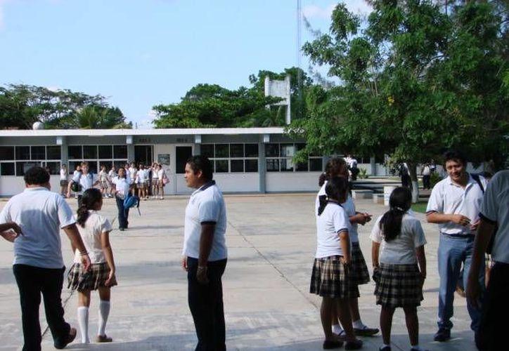"""La dirección de la escuela """"Leona Vicario"""" solicitará auxilio a la Secretaría de Educación. (Foto de Contexto/SIPSE)"""