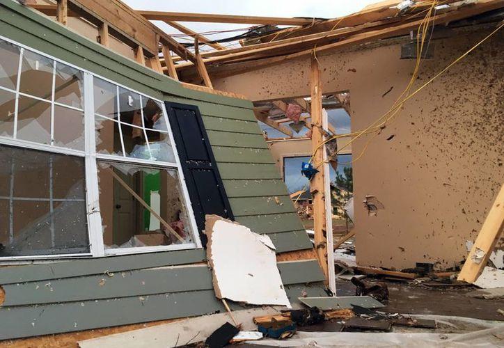 Entre lluvias e inundaciones un tornado causó la muerte de cuatro personas en Hattiesburg, poblado de Mississippi, Estados Unidos. (AP)