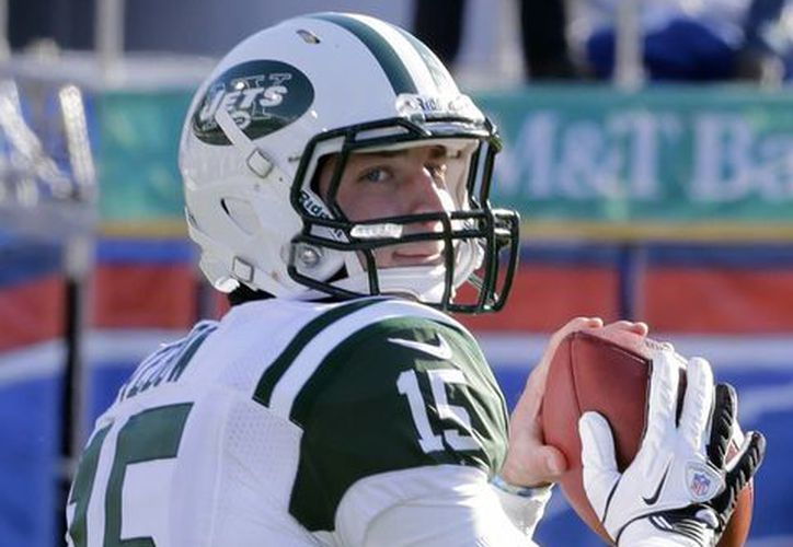 Sale Tim Tebow de los Jets y entra Geno Smith. (Agencias)