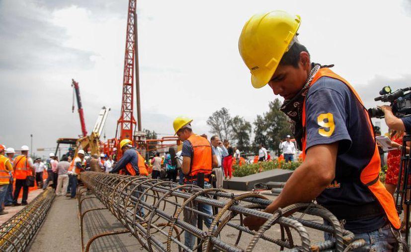 El pasado jueves la Secretaría de Hacienda anunció recortes preventivos al gasto por 132.3 mil millones de pesos, lo que ocasionará una gran cantidad de desempleo.(Notimex)