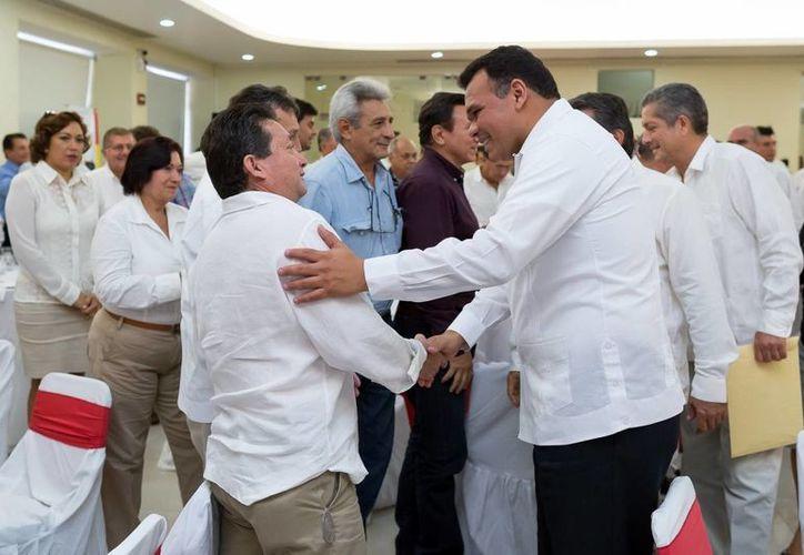 Ayer viernes, Zapata Bello asistió a la conmemoración del Día del Caminero en las instalaciones de la CMIC Yucatán. (SIPSE)