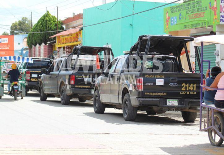 Autoridades llegaron hasta el predio donde ocurrió el robo. (Novedades Yucatán)