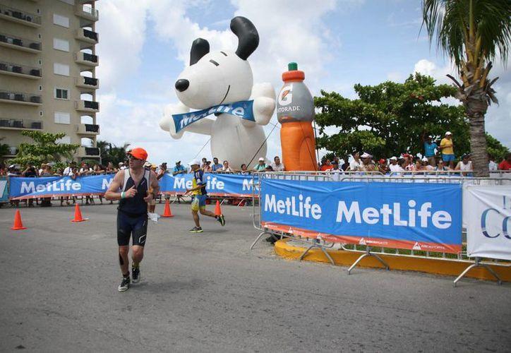Los agremiados de la Asociación de Hoteles de Cozumel esperan tener un repunte en su ocupación con los  eventos deportivos en puerta.  (Irving Canul/SIPSE)