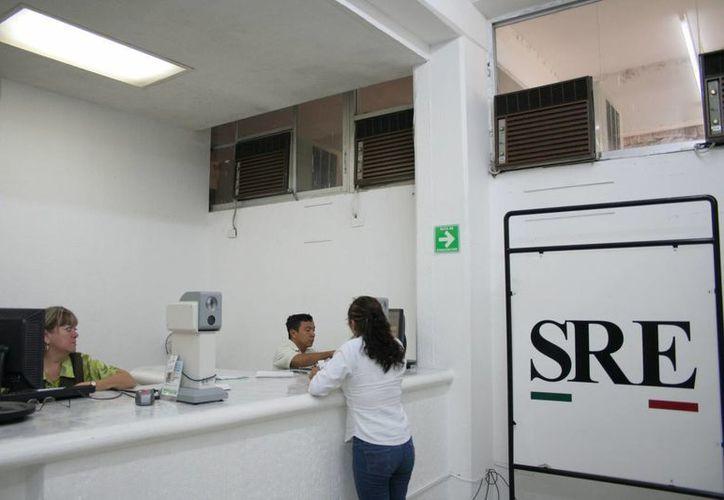 Se incrementó en un 25 por ciento el trámite de pasaportes en Yucatán, informa la SRE. (SIPSE)