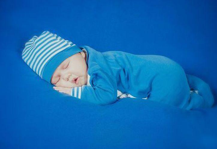 Estos métodos de crianza enseñan cómo dormir a un bebé. (Milenio)
