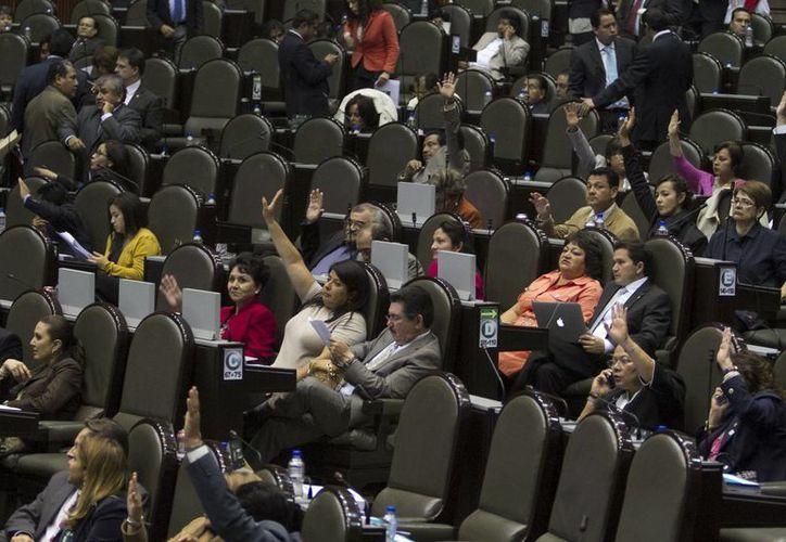 La Cámara de Diputados aprobó por 368 votos en favor y una abstención el dictamen. (Notimex)