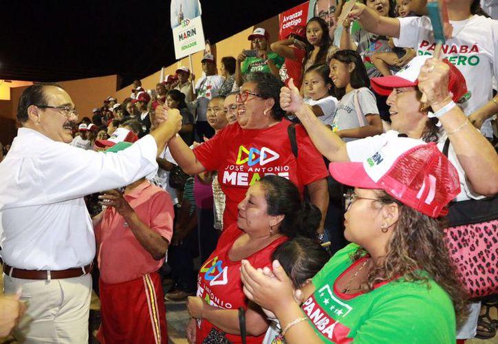 Concurridos actos en Valladolid y Panabá en la recta final de la campaña. (Milenio Novedades)